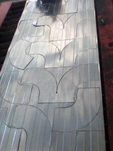 برش CNC کانال های گالوانیزه صنعتی